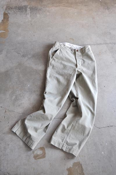 DAILY WARDROBE INDUSTRY/デイリーワードローブインダストリー DAILY KHAKI TROUSERS