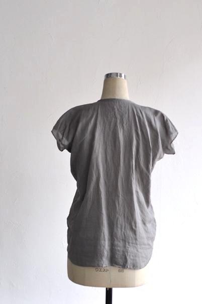 ゴーシュ 服 シャツ