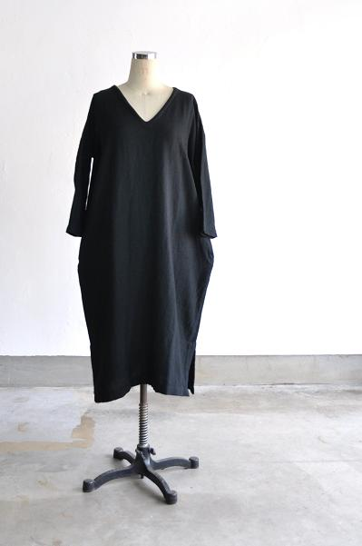 jujudhau/ズーズーダウ V-NECK DRESS(W/C BLACK)